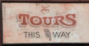 tour-sign