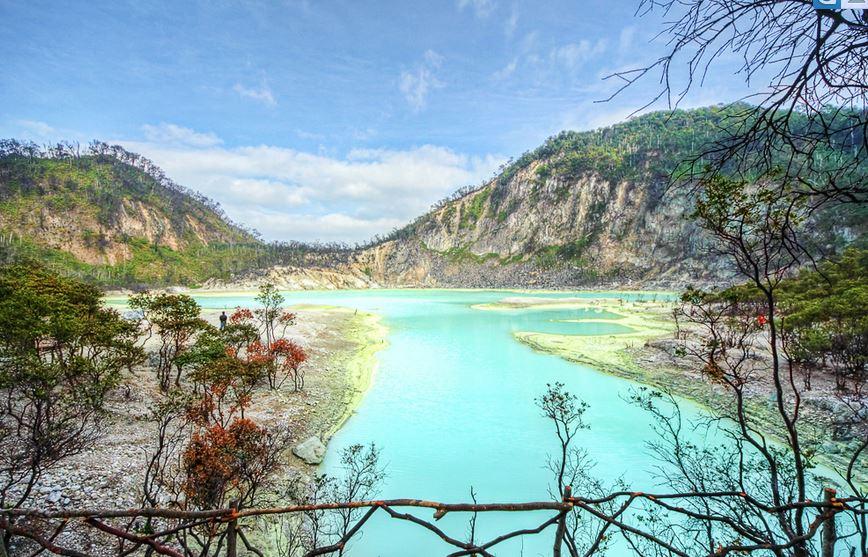 Bandung Tour Package Kawah Putih